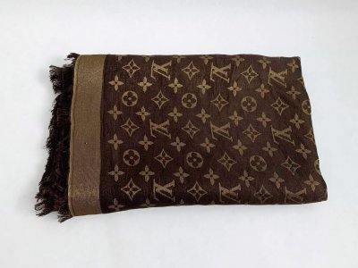 Louis Vuitton Shine Shawl Brown