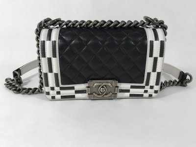 Chanel Boy Small 8 in Black and White Calf Leather