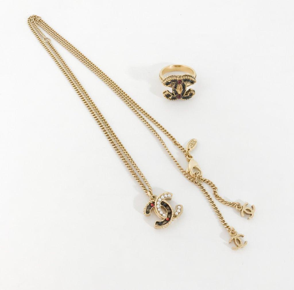 72d3c372cbb22 Chanel Accessories Set Ring+Necklace - Lyxen.se